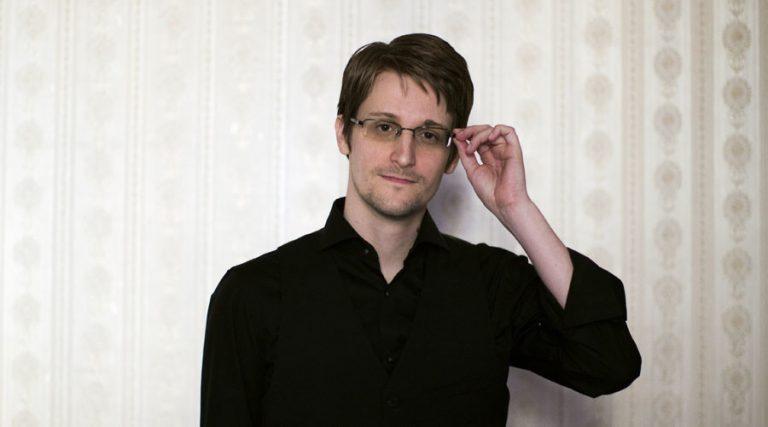 Serang Balik Mantan Direktur CIA, Kemenlu Rusia Perpanjang Masa Suaka Edward Snowden
