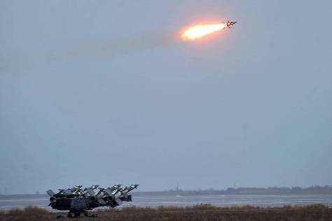Uji coba sistem pertahanan rudal S-125 Ukraina di Odesa Oblast, Rabu (05122018). Kementerian Pertahanan Ukraina